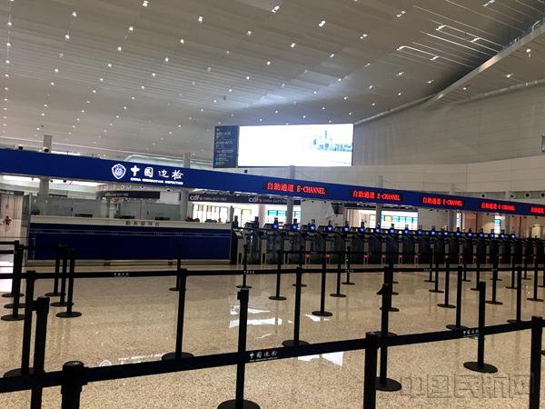 广州白云机场2号航站楼掀开面纱(图)