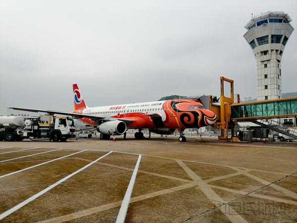 珠海机场新航季首日保障进出港航