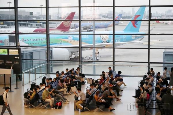 虹橋機場長假最高日客流有望達13萬