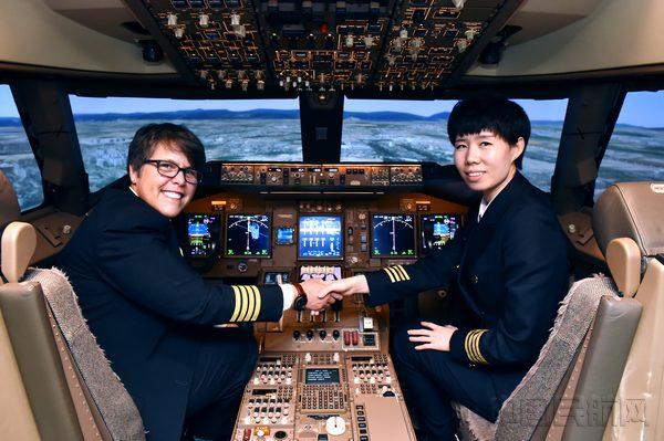 国航首位波音787梦想飞机女机长:肩上的责任-中国民航
