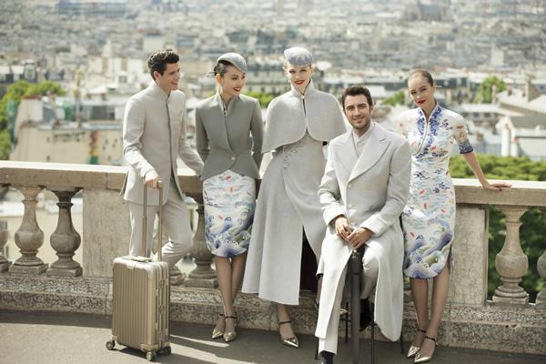 海南航空第五代新制服亮相巴黎