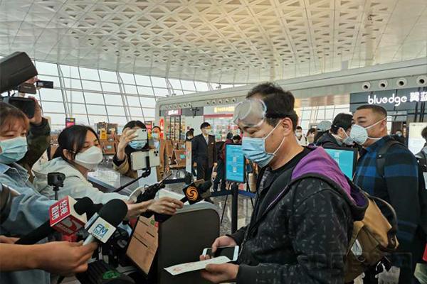 旅客登机-2.jpg