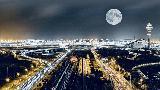 夜晚的浦東機場衛星(xing)廳