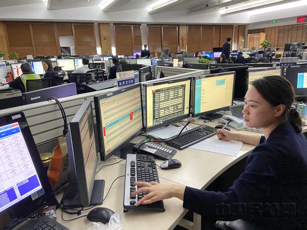 nEO_IMG_东航地服部门依托信息流完善春运保重-东航供图.jpg